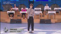 Amici - Tancredi - Gara canto con Gerry Scotti