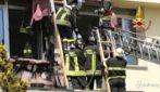 Cuneo, incendio in una scuola: l'intervento dei vigili del fuoco
