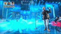 Amici - Aka7even canta Unconditionally