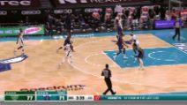 Charlotte-Milwaukee 104-114: super Giannis spazza via gli Honets
