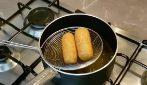 Come fare i crocchè di patate e il trucco per non farli aprire durante la frittura