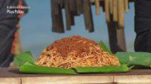 L'Isola dei Famosi 2021, tre chili di pasta al ragù per Francesca Lodo e Andrea Cerioli