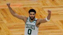 Boston-San Antonio 143-140 OT: Tatum è super con i suoi 60 punti
