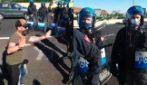 """Grande Raccordo Anulare, traffico bloccato da manifestazione: """"Rivogliamo nostra dignità"""""""