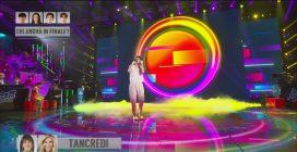 Amici2o, Tancredi canta il suo inedito Balla alla luna