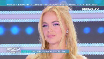 """Domenica Live - Drusilla Gucci: """"La mia casa è infestata dai fantasmi"""""""