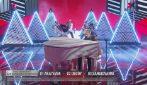 Amici 20, la finale: Aka7even canta Hypnotized