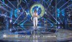 Amici 20, la finale: Sangiovanni canta Tutta la notte