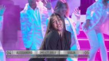 Amici 20, la finale: Giulia sulle note di Mix ''Milord - Up''