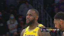 L.A. Lakers-Phoenix gara-3 109-95: James e Davis spazzano via i Suns