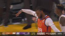 L.A. Lakers-Phoenix 92-100: James non basta, Paul e Booker vincono