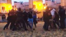 Palermo, poliziotti intervengono per sedare una lite: ricevono pugni e schiaffi anche loro