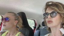 Alba Parietti e Paola Barale come Thelma e Louise a Ibiza