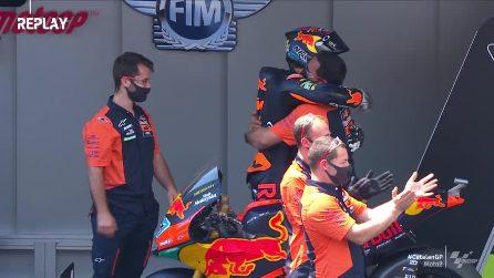 Moto2, GP Catalunya: il tributo del podio a Dupasquier