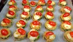 Zucchini bites with mozzarella cheese: the easy and tasty appetizer