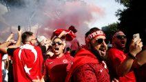 Europei, tifosi turchi invadono Roma: i cori a Piazza di Spagna