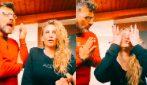 """Sossio Aruta e Ursula Bennardo discutono in cucina: """"Mia mamma va in shock anafilattico"""""""