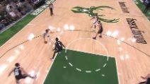Vincono i Bucks: 34 punti per Giannis Antetokounmpo in gara-4 vs Nets