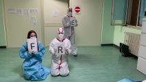 L'ospedale Curto di Polla è Covid free: la festa di medici e infermieri