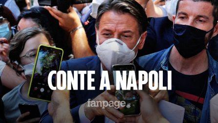 Conte come una rock star, bagno di folla a Napoli per sostenere Manfredi