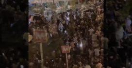 Maturità 2021 Napoli: notte di caos con migliaia di ragazzi in strada e fuochi d'artificio
