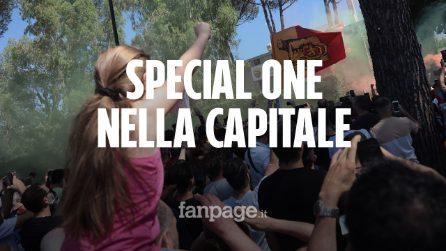 Mourinho arriva a Roma, il nuovo mister giallorosso accolto da centinaia di tifosi