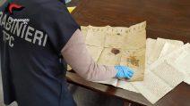 Indagine dei Battuti Neri , recuperati documenti antichi dal valore di oltre 2 mln di euro