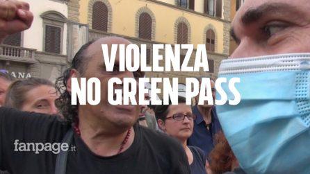 L'aggressione a Saverio Tommasi alla manifestazione no green pass di Firenze