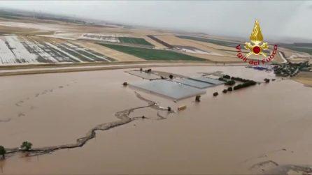 Maltempo in Puglia, il Gargano travolto dai temporali: strade allagate e frane