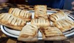 Apple and puff pastry dessert: the easy and delicious recipe