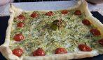 Pizza rustica con zucchine e pomodori: la ricetta veloce e saporita