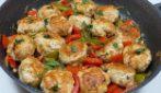 Polpette di tacchino con peperoni: la ricetta del gustoso secondo piatto