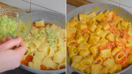 Calamarata con pesto di zucchine e pomodorini: la ricetta del primo piatto saporito