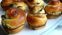 Cinnamon raisins bread muffin: the fluffy idea to try right now