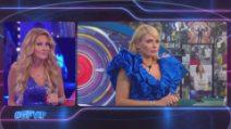 Il confronto tra Adriana Volpe e Manila Nazzaro nella prima puntata del GfVip