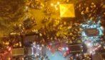 Napoli, una notte d'inferno a Largo San Giovanni Maggiore: movida, caos e zero controlli