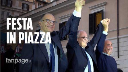 Gualtieri è il nuovo sindaco di Roma: festa e cori in piazza