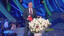 Grande Fratello VIP, undicesima puntata: arrivano cento rose per Raffaella Fico