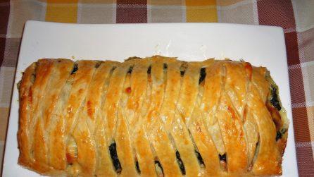 Rotolo di sfoglia ripieno: la ricetta rustica veloce e saporita