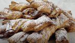 Grissini dolci di sfoglia: la ricetta del dessert veloce e goloso