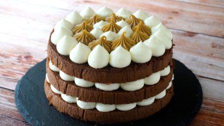 Coffee and mascarpone sponge cake: the creamy and delicious dessert