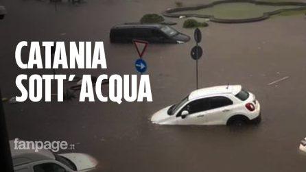 Maltempo a Catania, le immagini delle strade trasformate in fiumi in piena