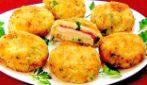 Medaglioni di patate ripieni: la ricetta del secondo piatto saporito